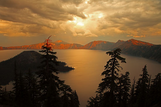 Sunset Gold Crater Lake and Wizard Island, Crater Lake National Park Oregon