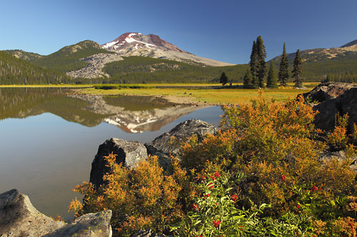 Sparks Lake, South Sister, Cascade Mountains, Oregon